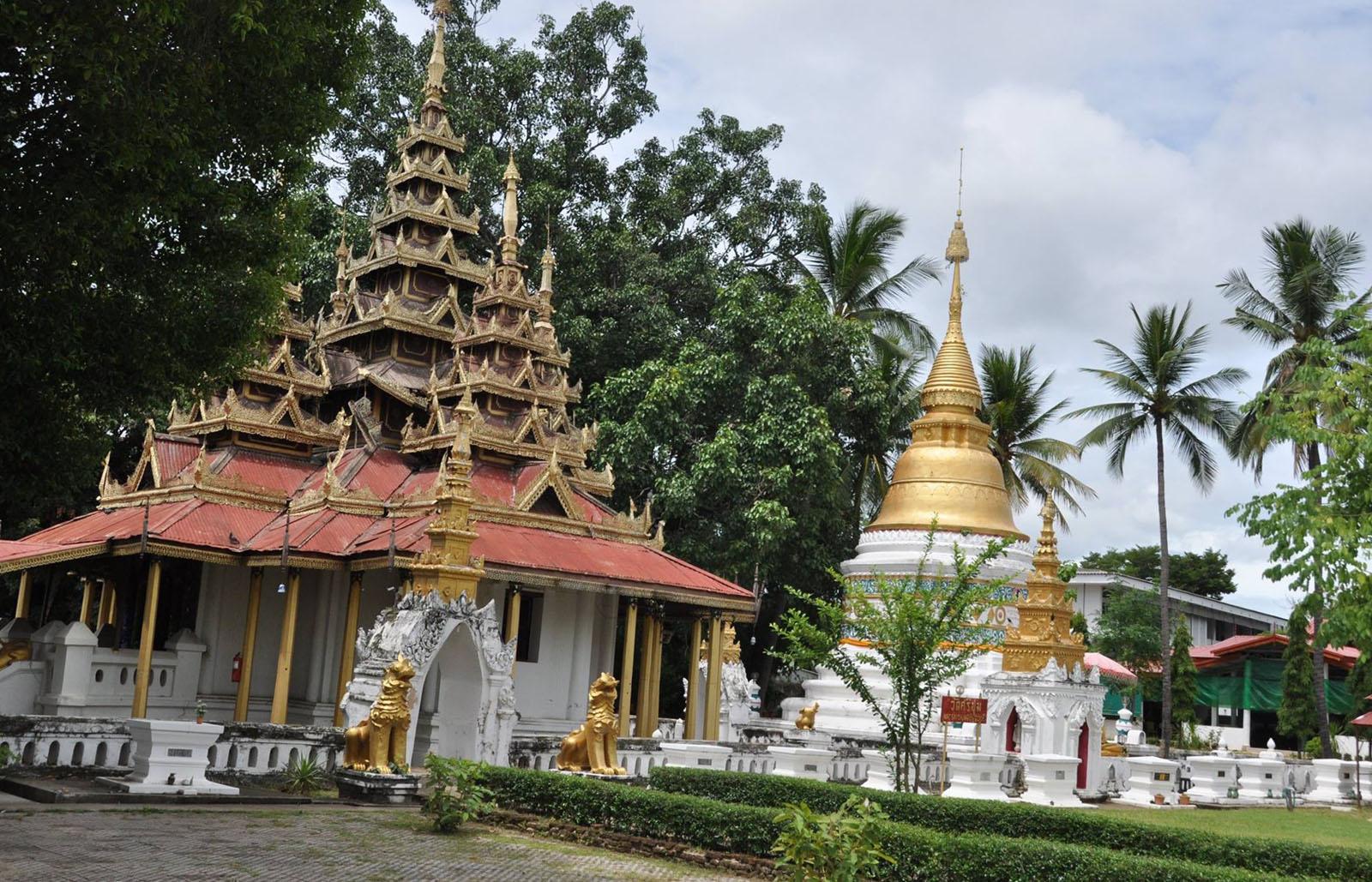 Храм в Лампанг